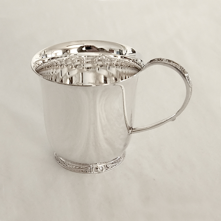 sterling-silver-christening-cup-with-celtic-handle-124-p.jpg